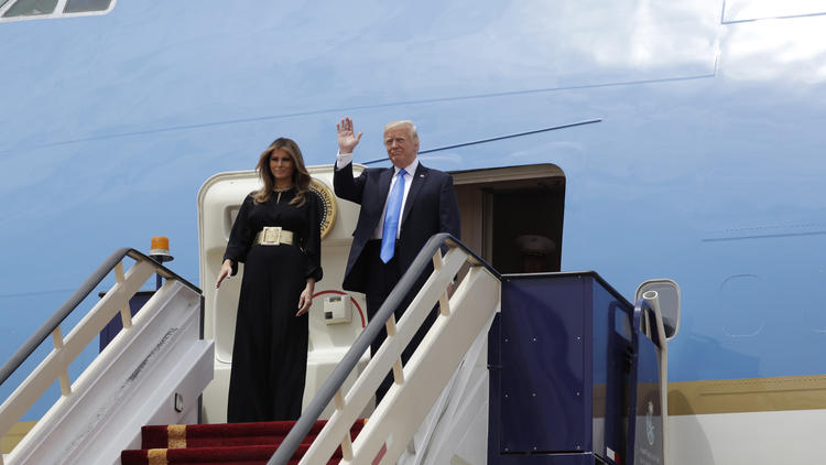 President Trump and First Lady Melania Trump arrive in Saudi Arabia (Evan Vucci/Associated Press)