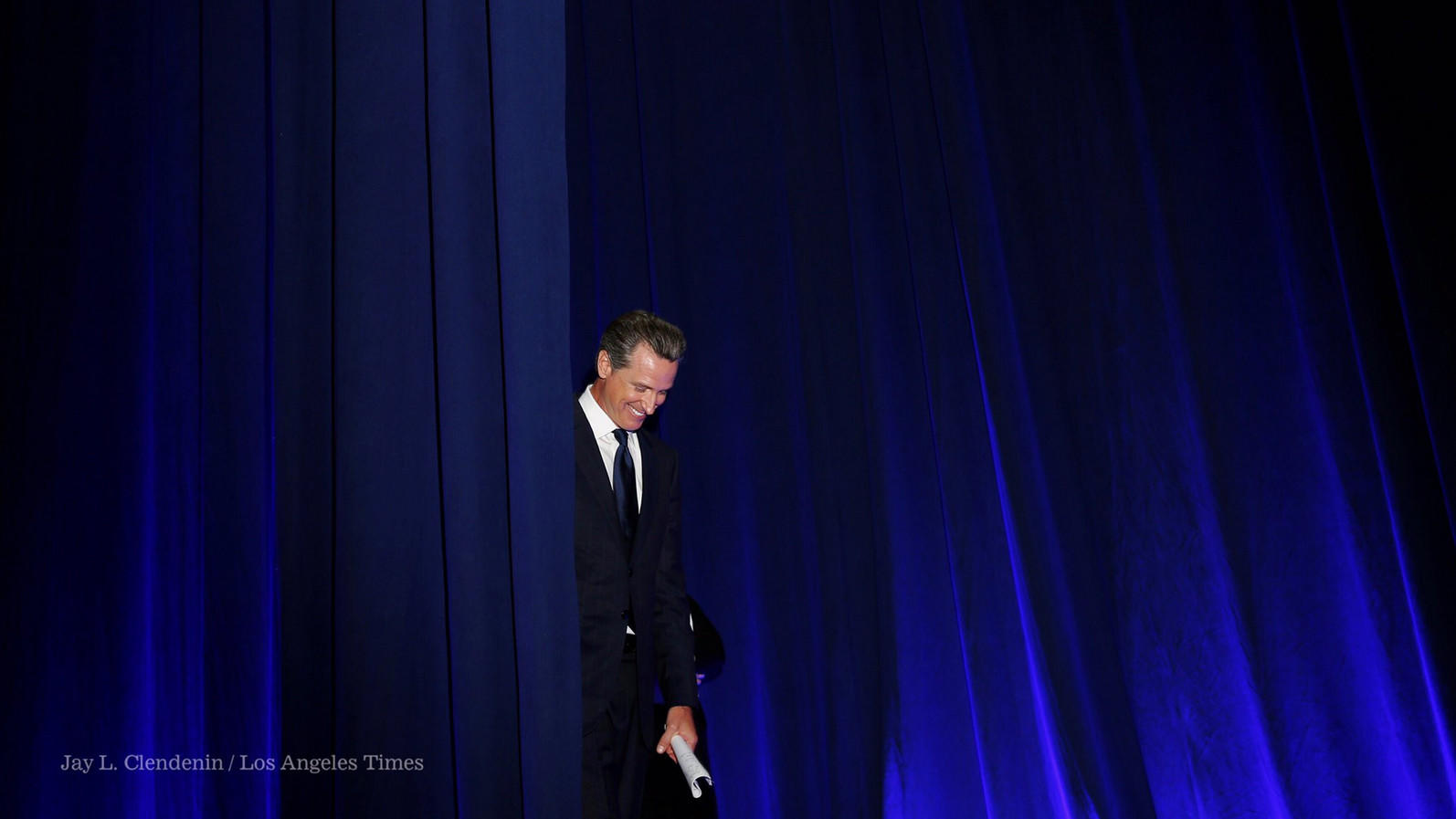 Gavin Newsom speaks at the California Democratic Party convention in Sacramento (Jay L. Clendenin/Los Angeles Times)