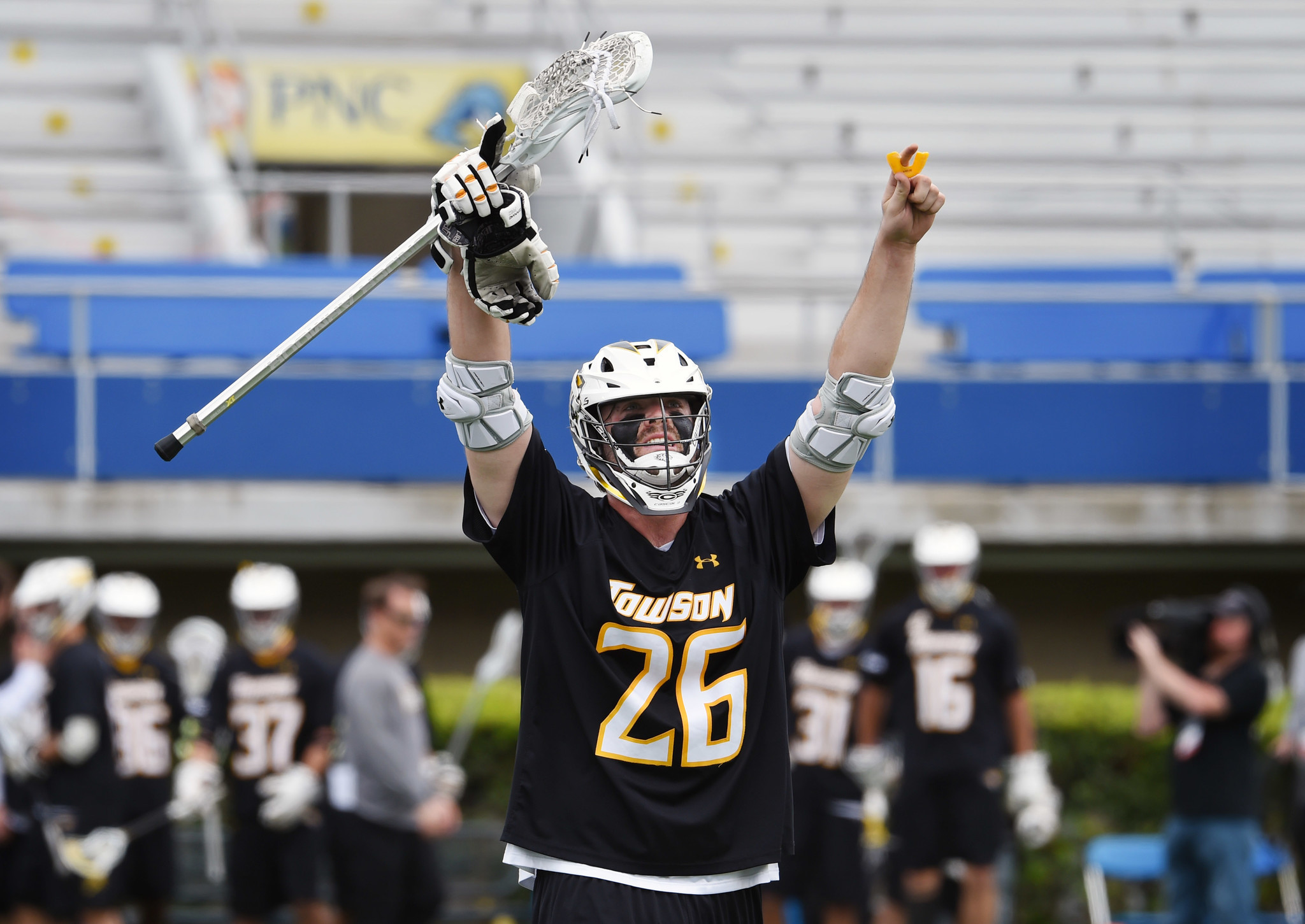 Towson tops No. 2 seed Syracuse, 10-7, reaches its first ...