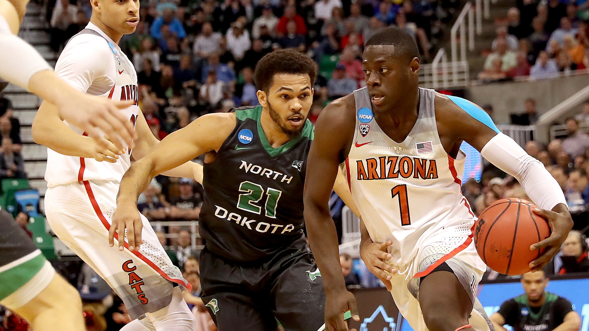 La-sp-college-basketball-report-20170522