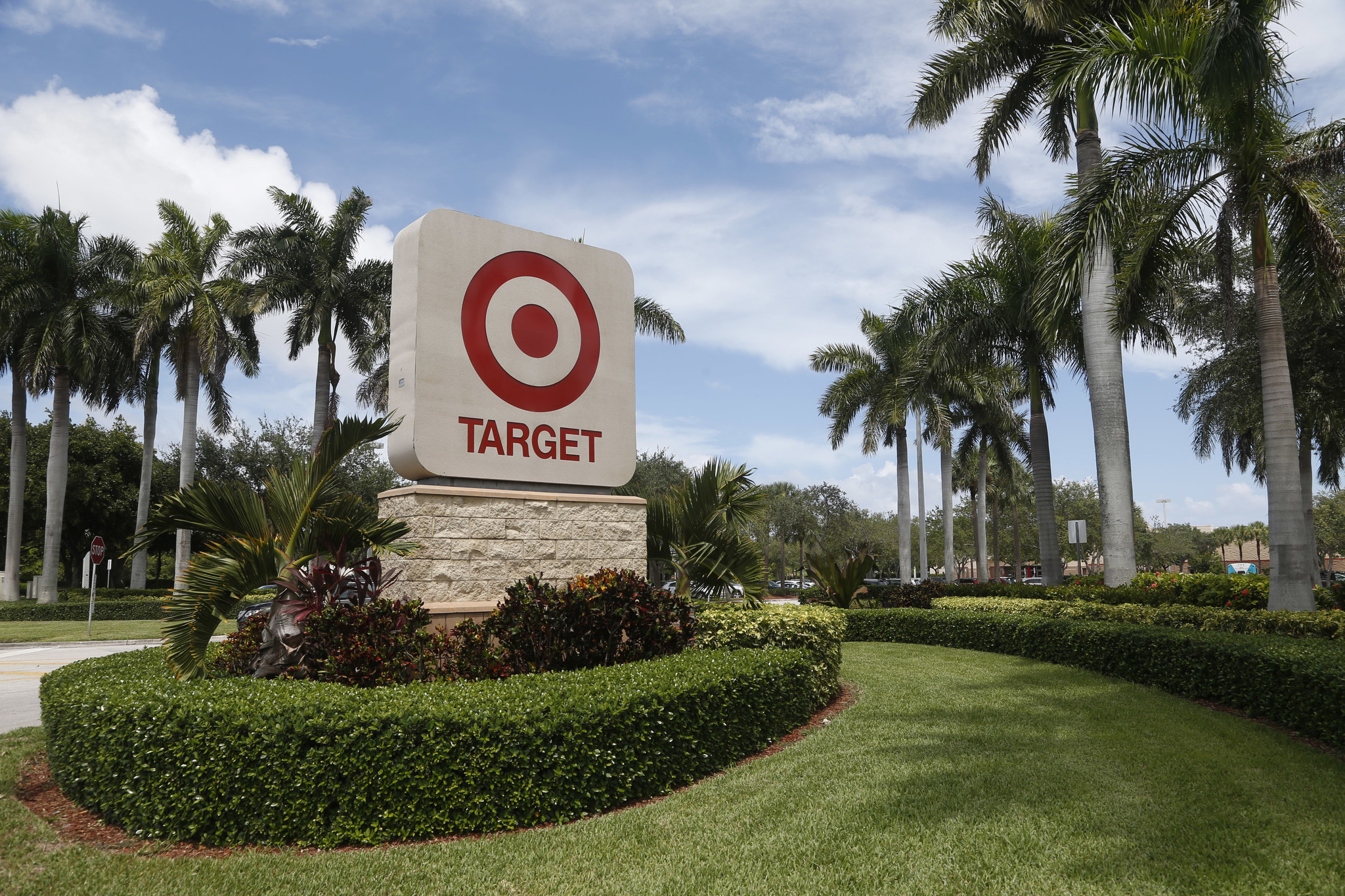target data breach Prevented target breach identity theft was at an all time high in the first half of 2014 due to large data breaches including target (sans institute.