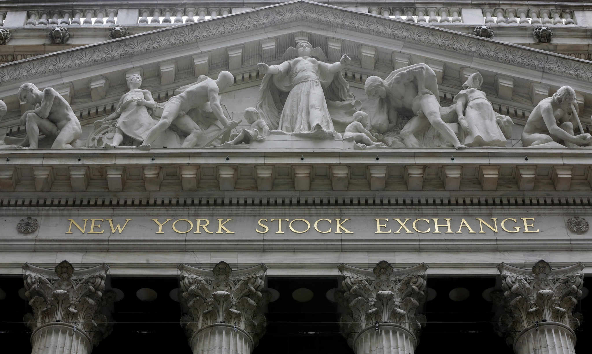 Stocks rise for fourth day in a row, erasing most of last week's decline