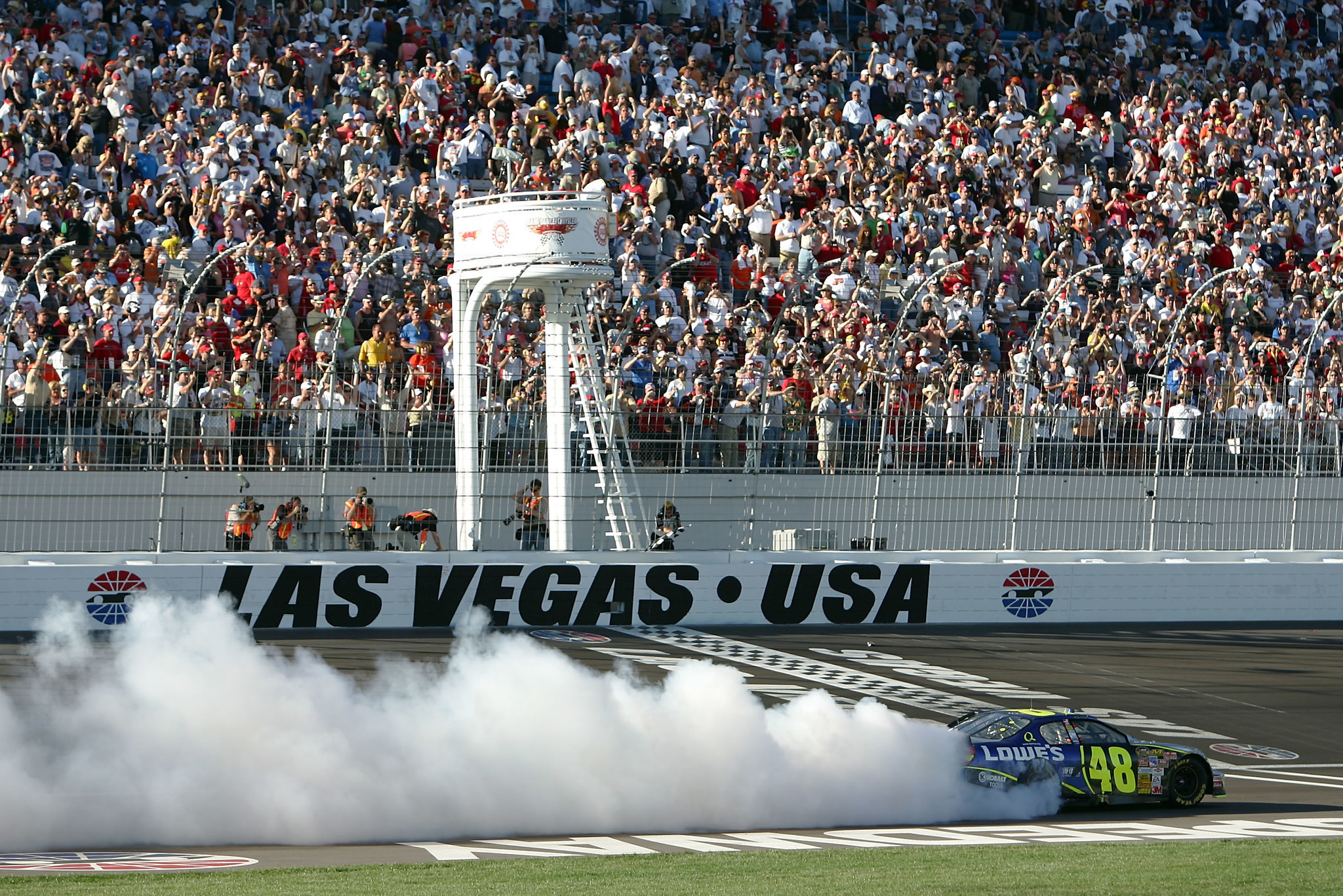 Nascar Schedule Shakeup Looks To Revive Stagnant Fan Base Orlando Sentinel