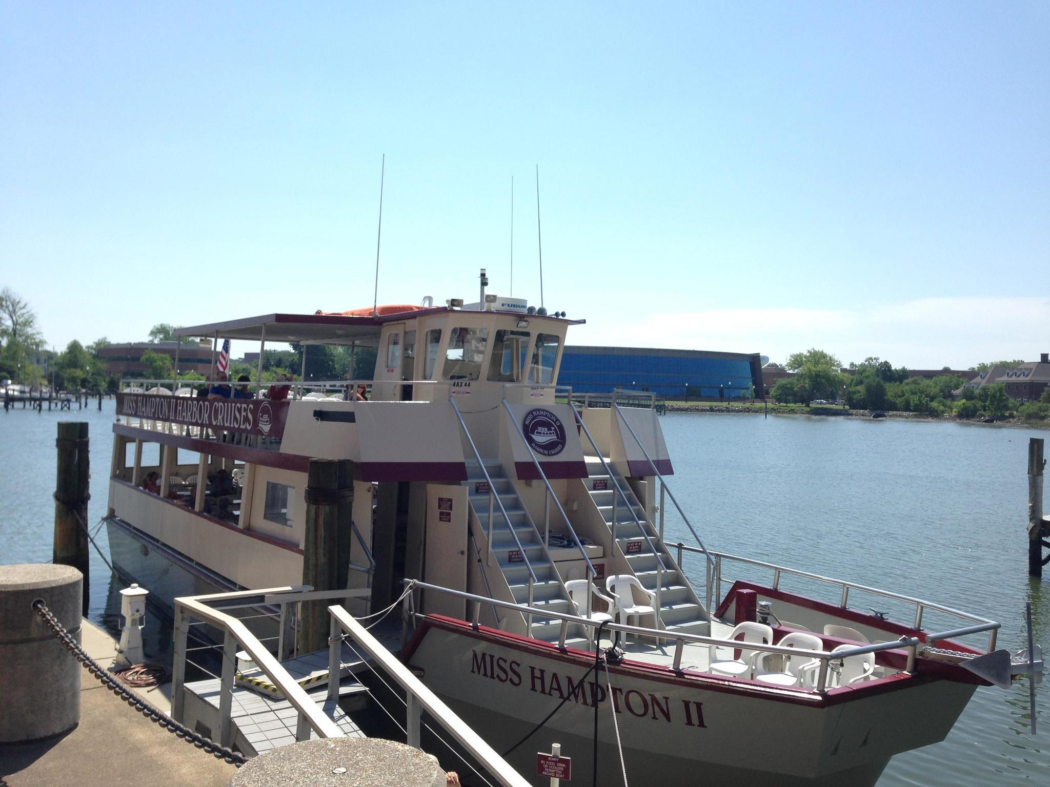 Book the most popular Dinner & Lunch Cruises in lalikoric.gq mobile booking· Fast & Easy booking· Easy online booking· No hassle bookingTypes: Skip the line_xD_, Museum Tours_xD_, Cathedral tours_xD_.