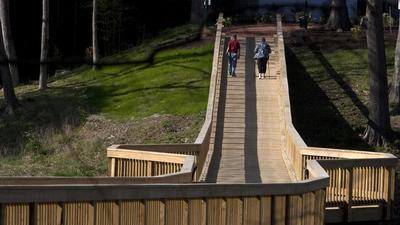 10 best walking paths in Peninsula area