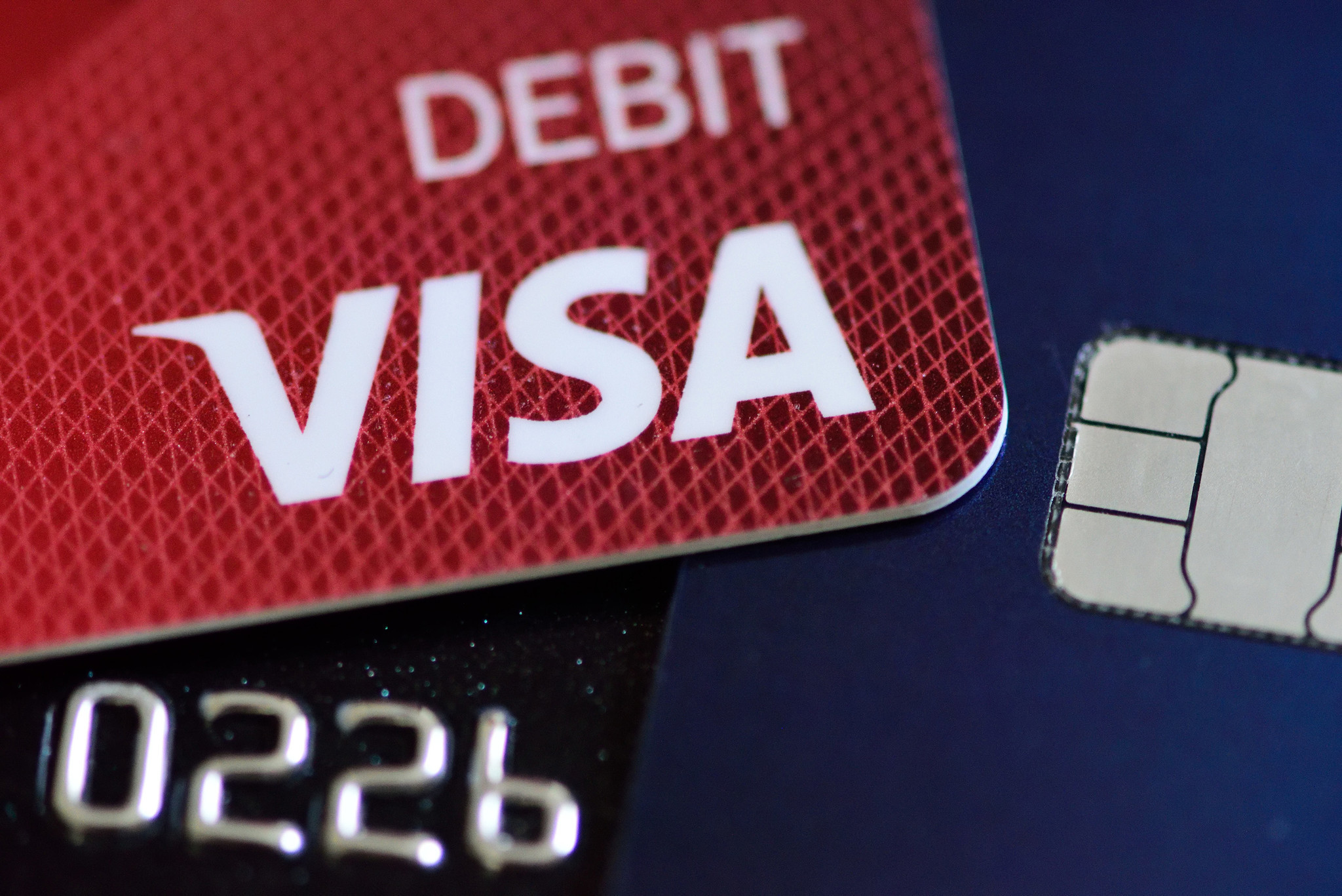 Banks want higher debit-card 'swipe fees,' but an effort to allow them has crumbled