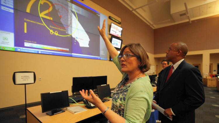 Lucy Jones in 2015 discusses California's prototype earthquake early warning system.