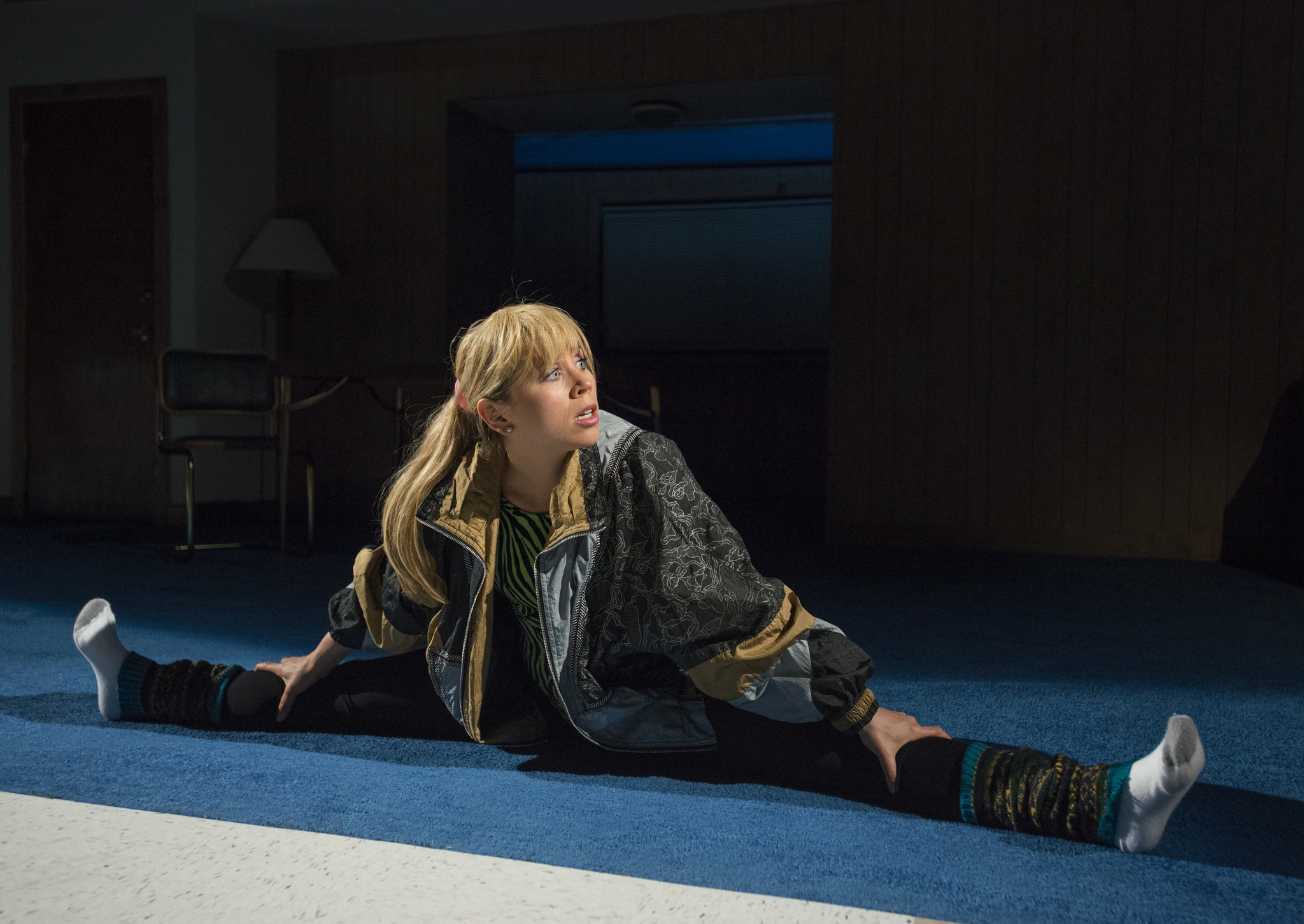 Review: 'T.' has Tonya Harding but no Nancy — and no point - Chicago Tribune