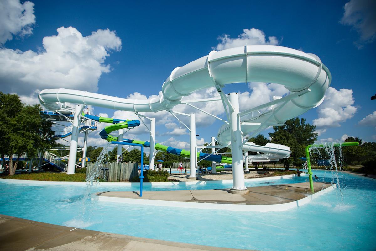 Orland Park S Centennial Park Aquatic Center Celebrates 25th Anniversary Season Chicago Tribune