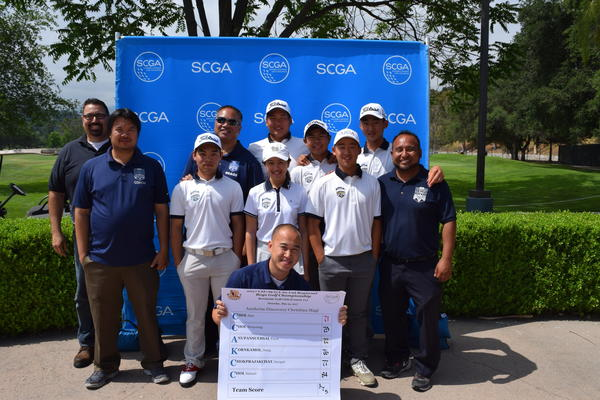 Anaheim Discovery Christian School golf team has qualified for Wednesday's CIF state championships. (Victor Chayasirisobhon)