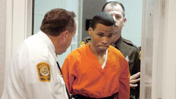 Judge tosses life sentences of D.C. sniper Lee Boyd Malvo