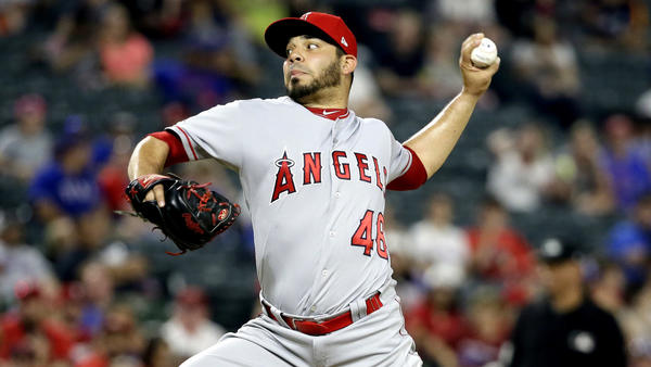 Angels reliever Jose Alvarez continues to deliver despite heavy workload