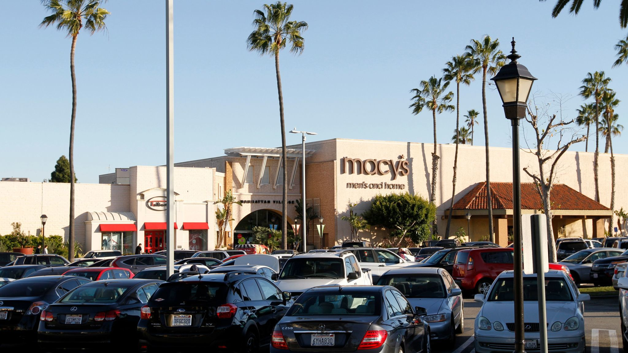 Factory Outlet Malls in Manhattan Beach on newbez.ml See reviews, photos, directions, phone numbers and more for the best Outlet Malls in Manhattan Beach, .