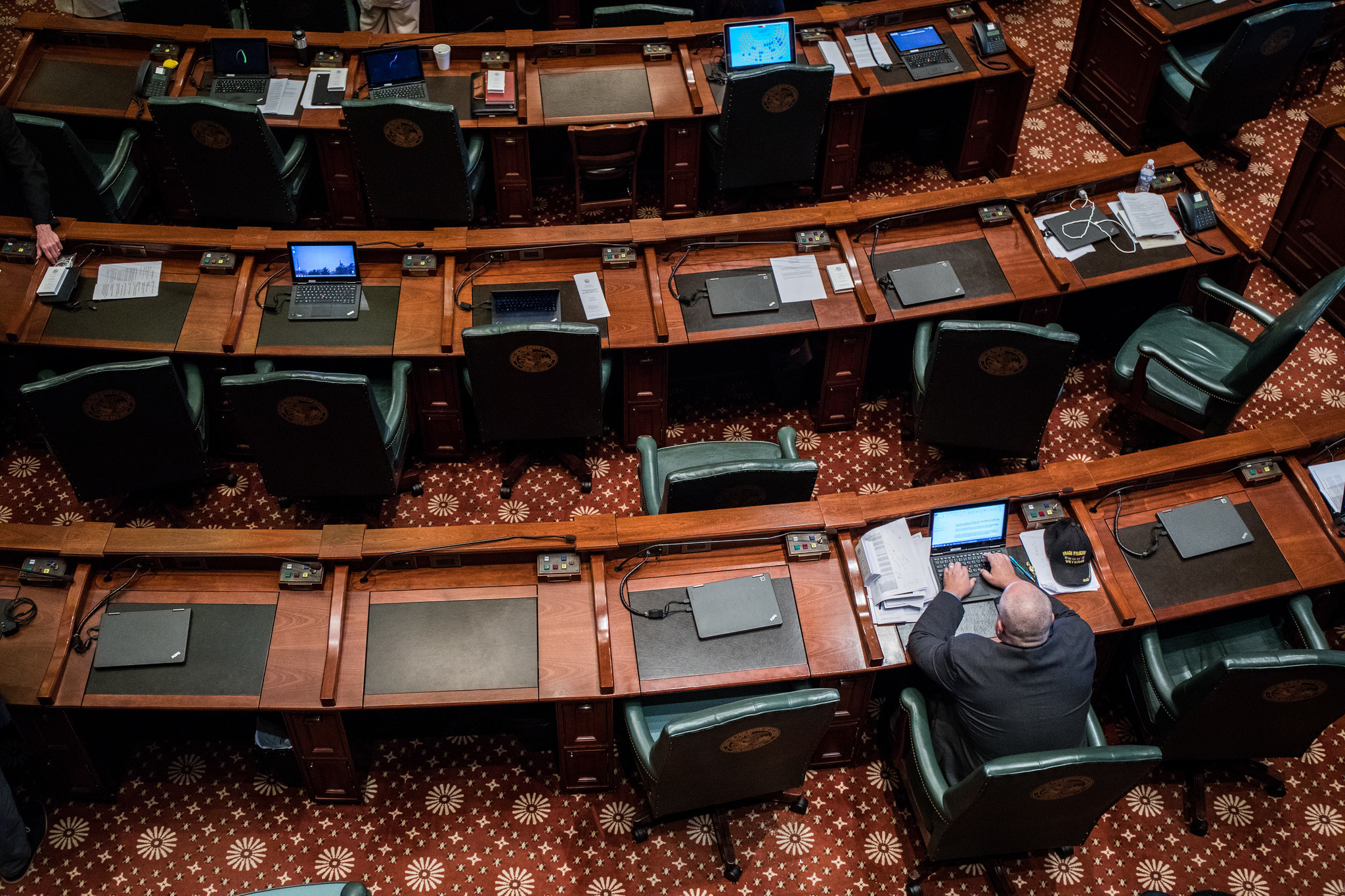 Illinois house approves chicago gun bill immigrant protections illinois house approves chicago gun bill immigrant protections chicago tribune malvernweather Gallery