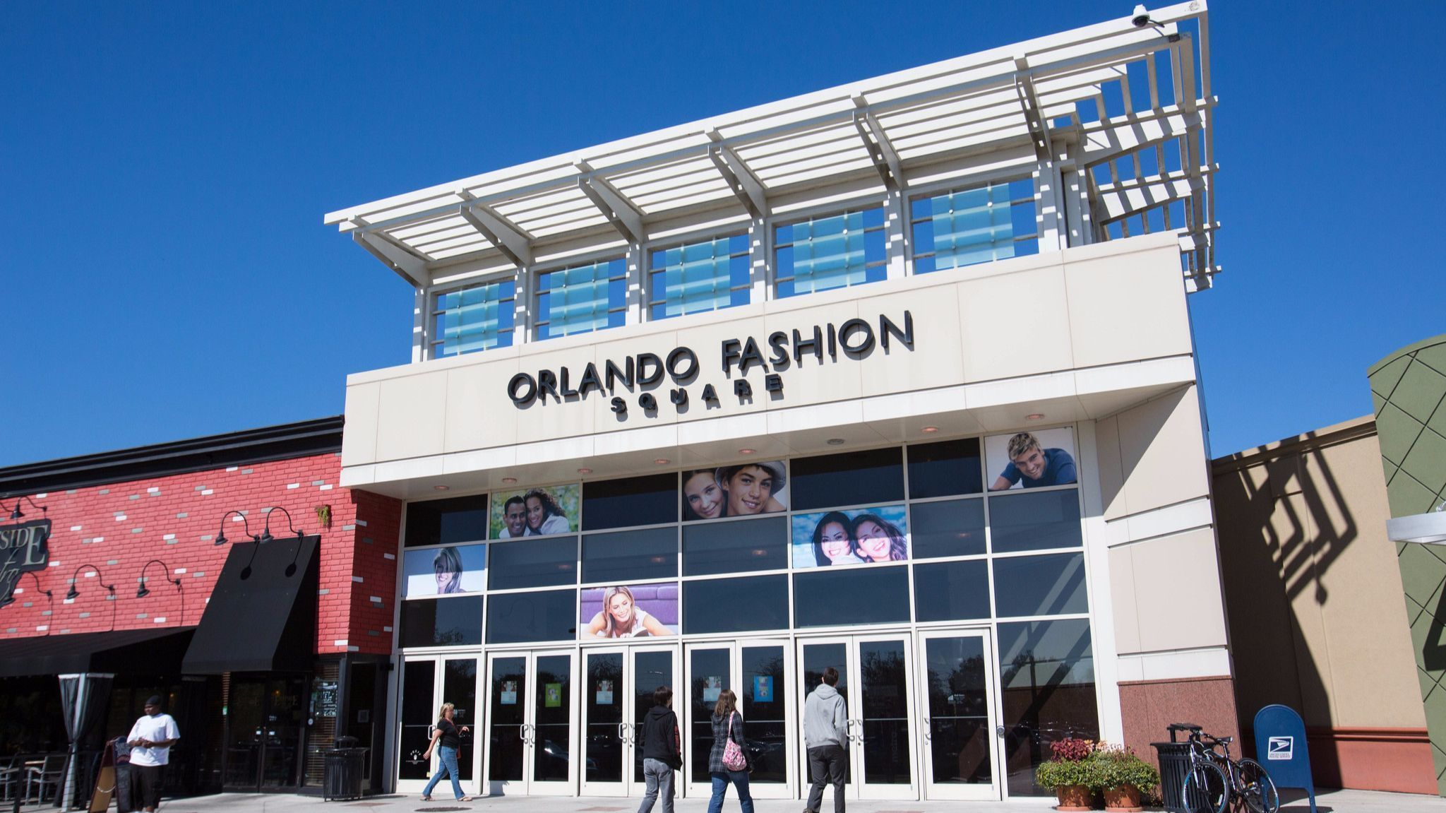 Orlando Fashion Square Stores
