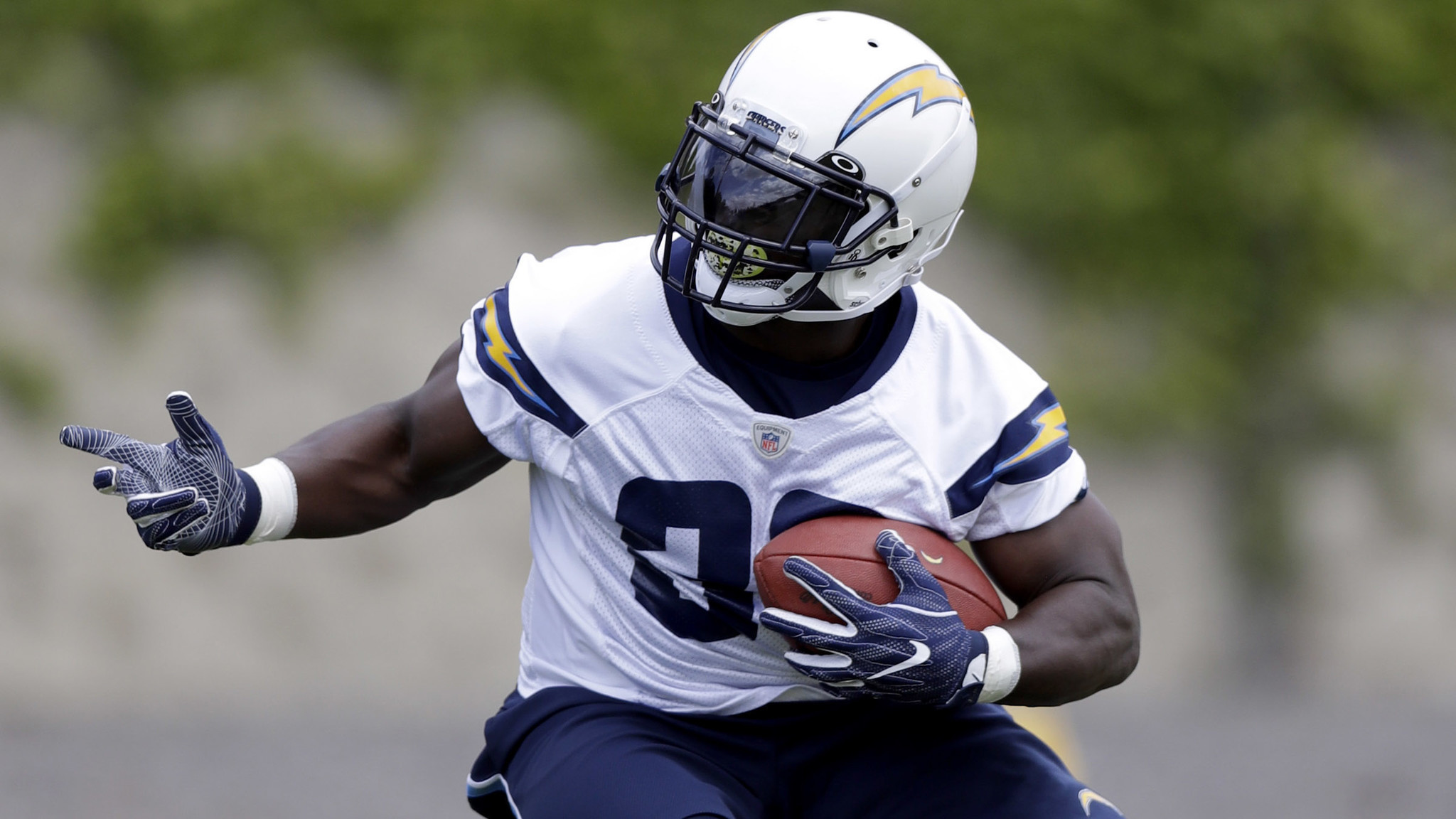 Chargers Are Looking For A New Wave Of Unheralded Players