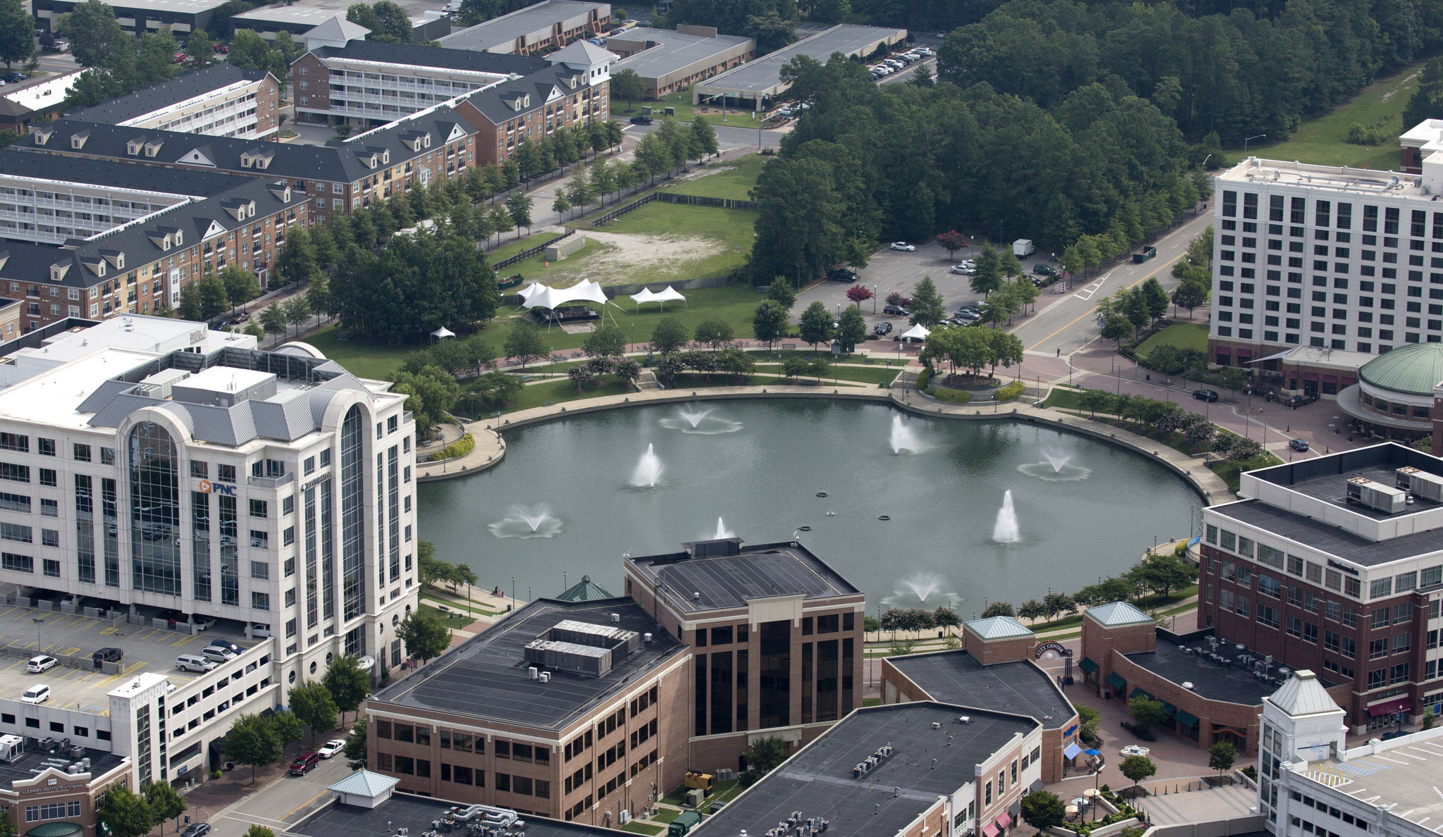 Ferguson announces plans for new campus, jobs at City Center ...