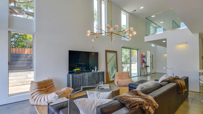 Blending modern design and technology at Pasadena new build LA Times