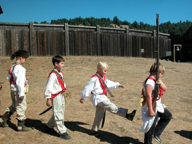 Fourth-graders mustering at Fort Ross. (Allen Holder / Kansas City Star)