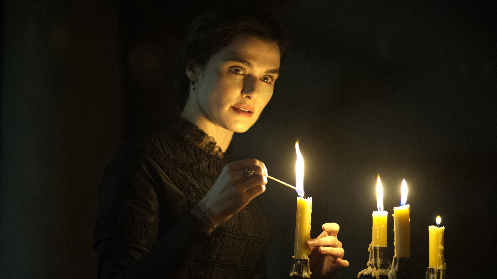 Rachel Weisz beguiles in Roger Michell's romantic thriller 'My Cousin Rachel'