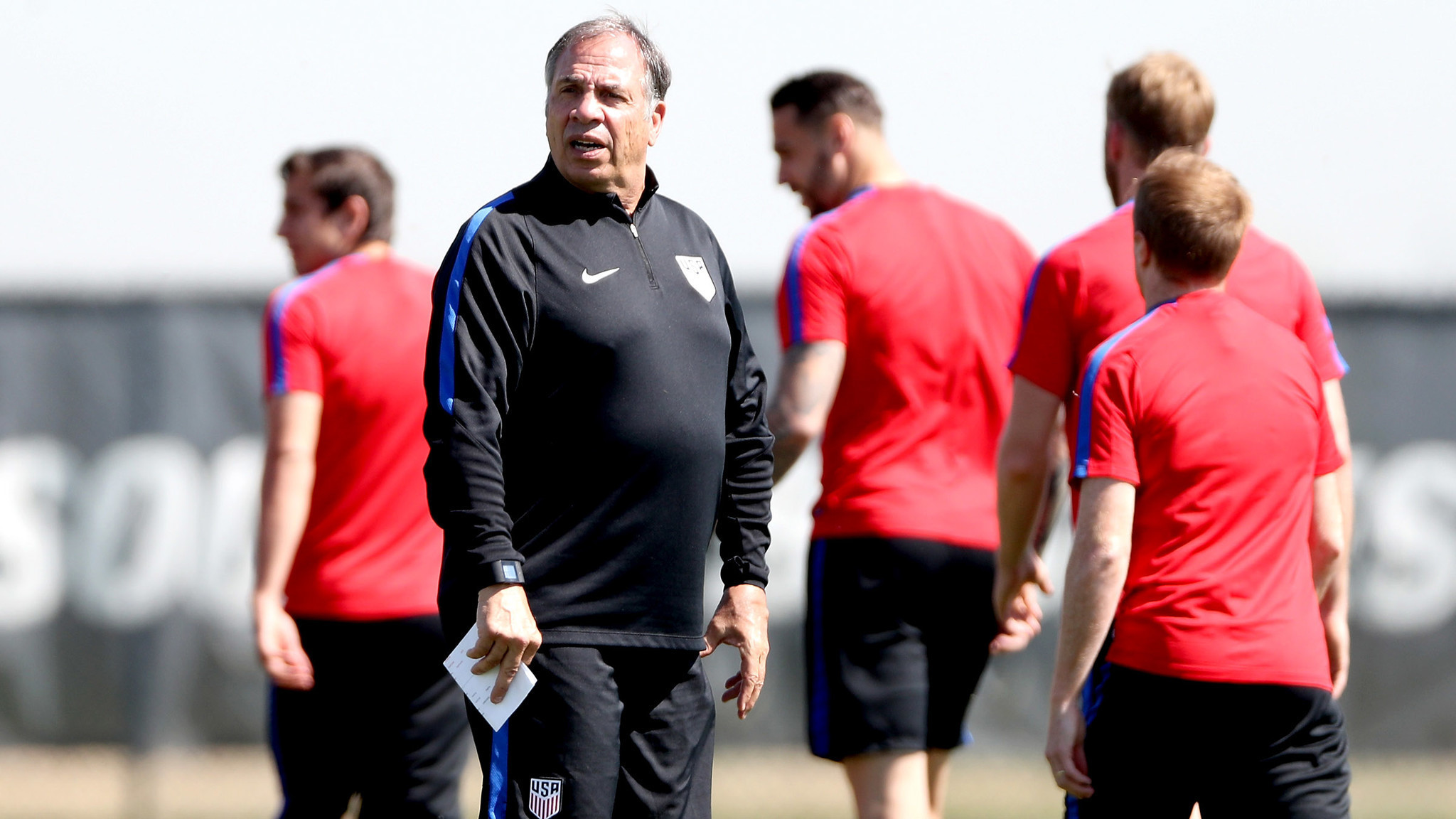 Bruce Arena tries to keep U.S. team focused on Trinidad and Tobago in World Cup qualifiers