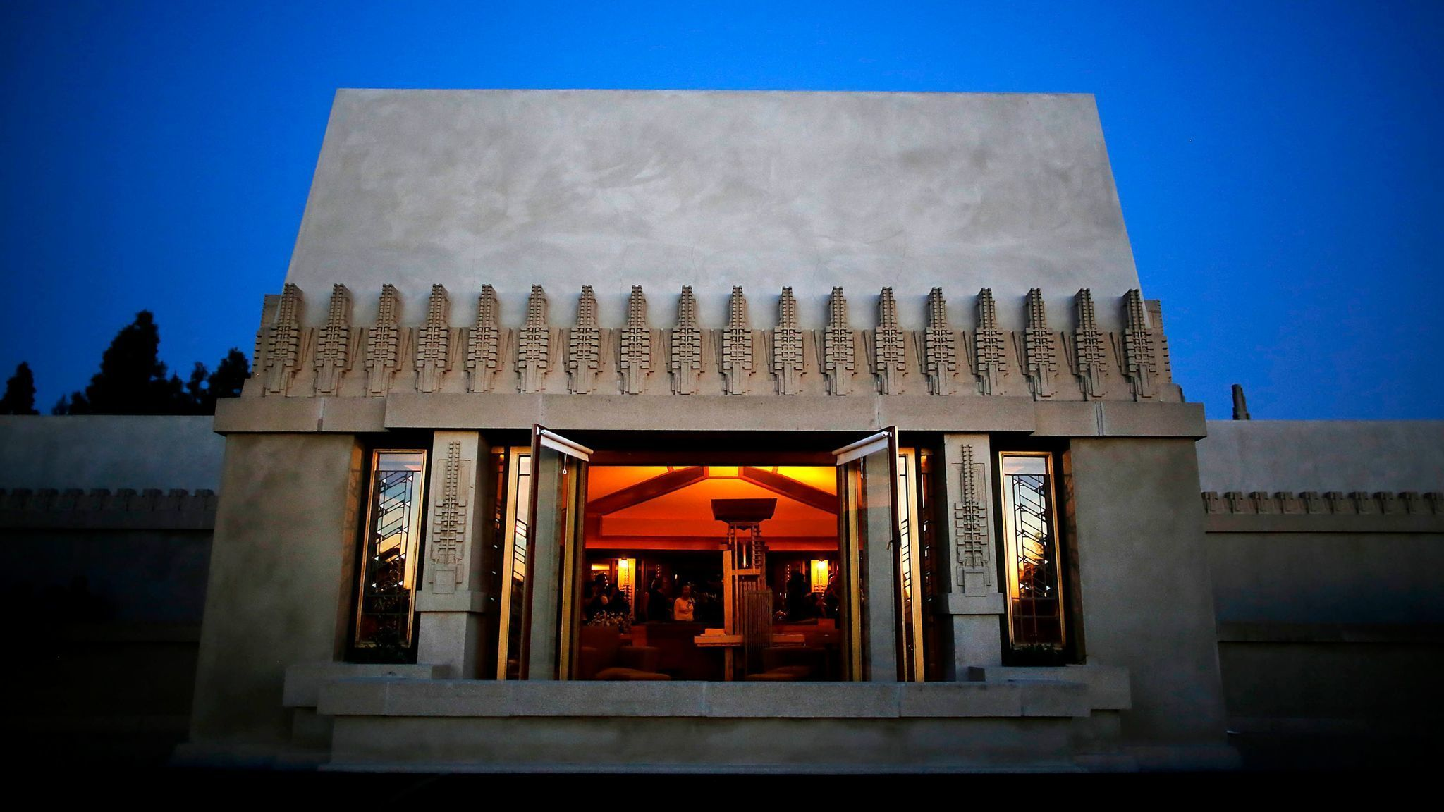 Frank lloyd wright at 150 why his los angeles houses for Frank lloyd wright list of houses