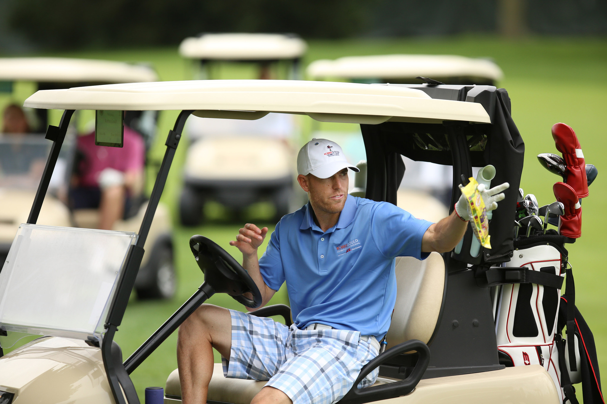 Ct-robbie-gould-charity-golf-chicago-inc-20170612