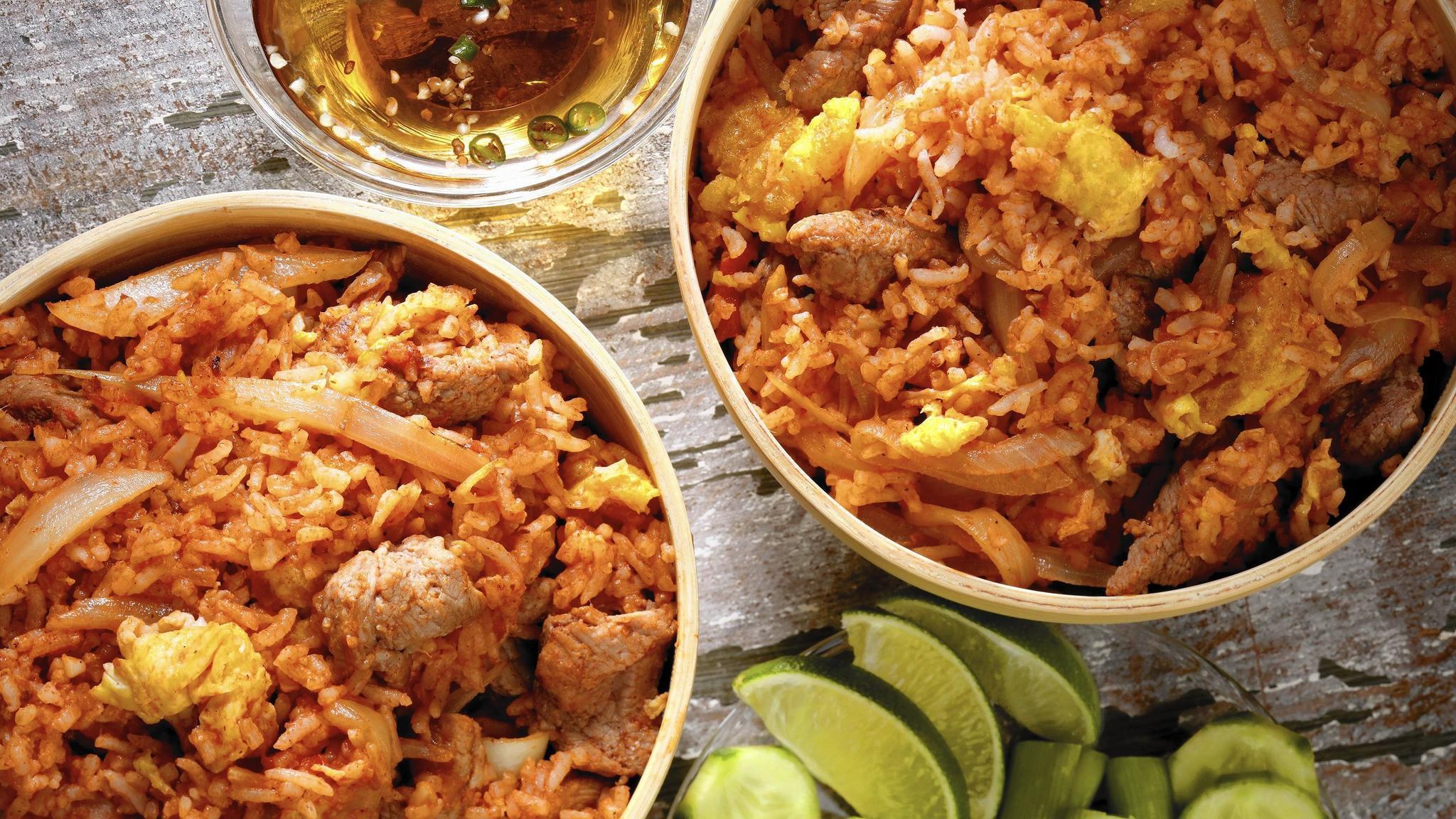 39 bangkok 39 cookbook avoids cliches digs deep into city 39 s for Cuisine bangkok