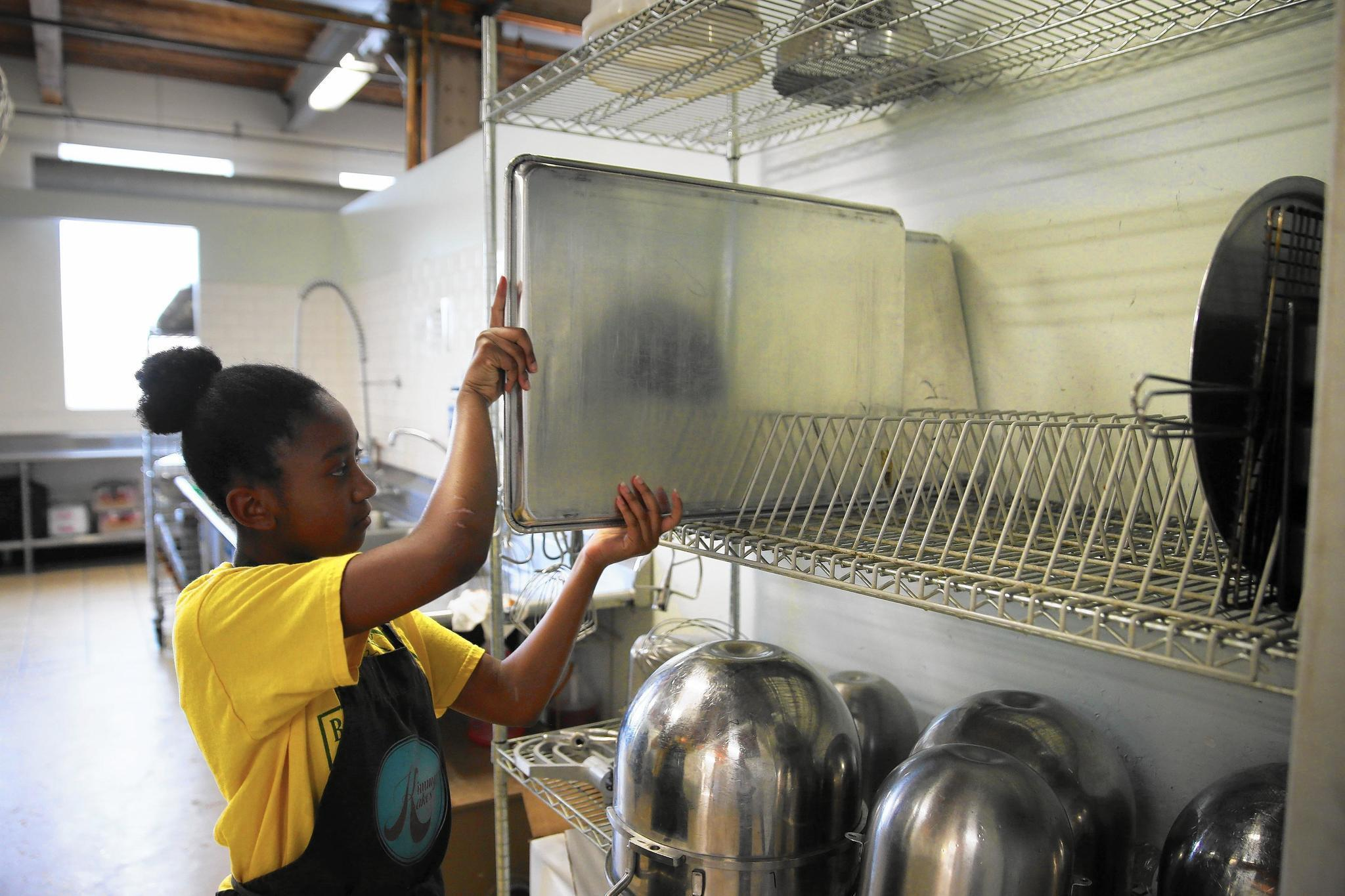 At Kitchen Chicago small food businesses dream big Chicago Tribune
