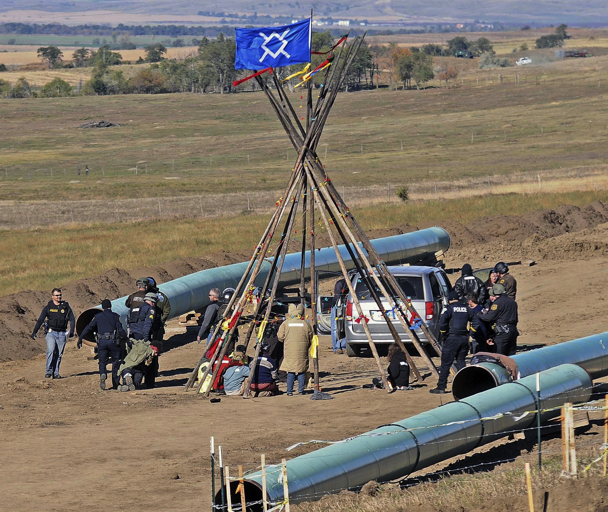 Reanudarán trabajo en oleoducto de EEUU a pesar de protestas - Hoy ...