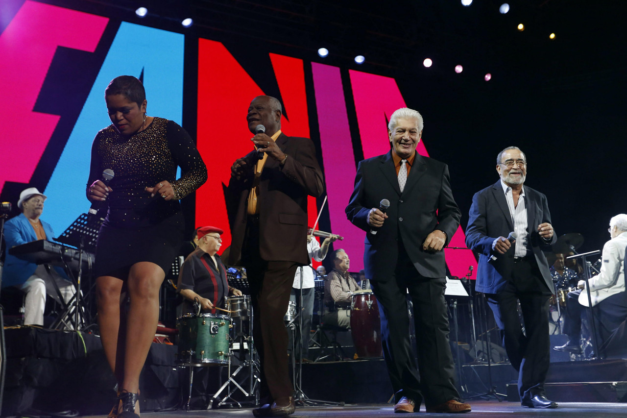 Las estrellas de fania arranca su gira 39 gran finale 39 con for Concierto hoy en santiago