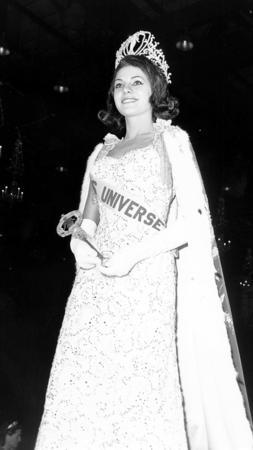 RECOPILACIÓN GANADORAS MISS UNIVERSO 1952 - 2018 253x450