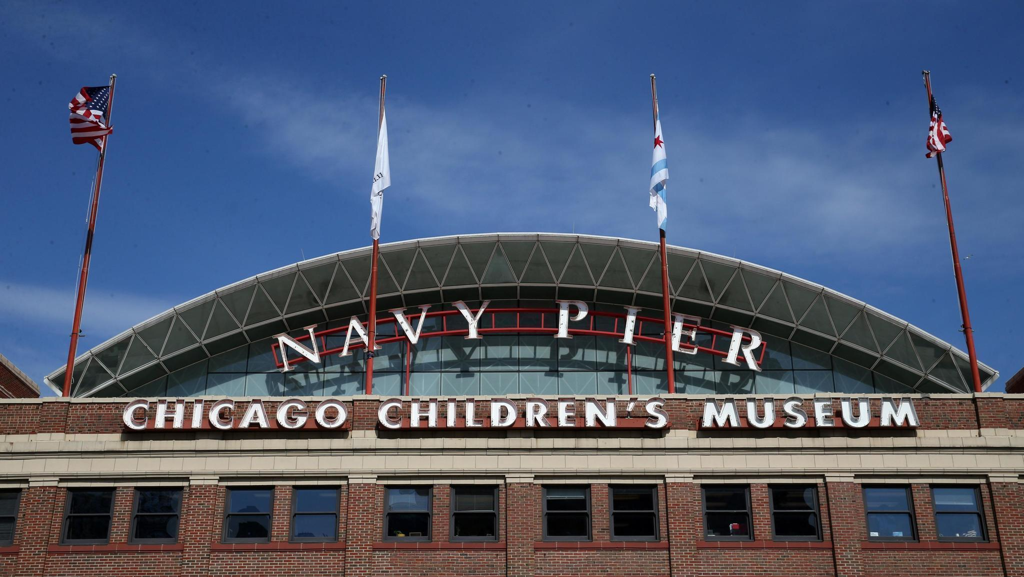 how to get to navy pier