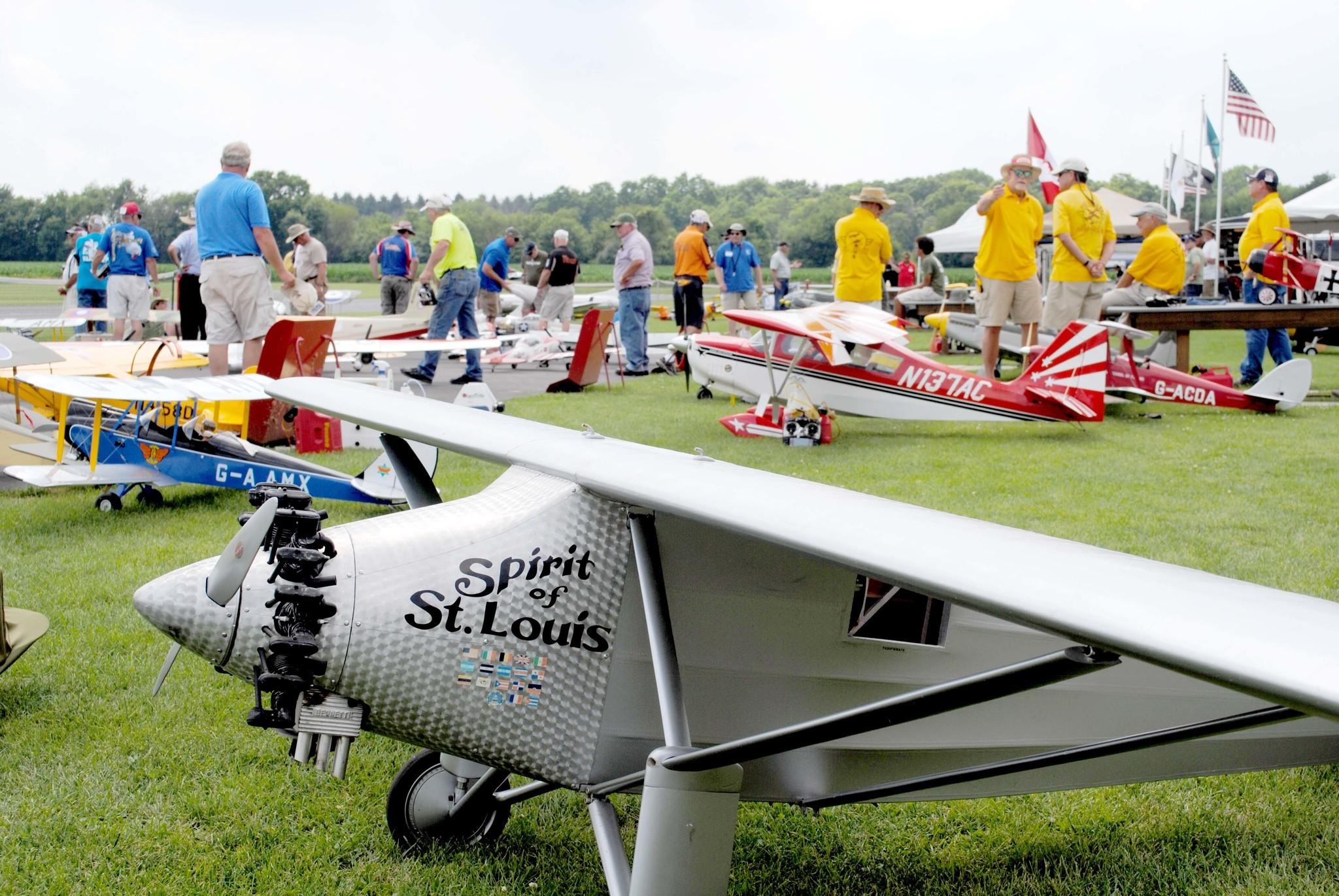 Resultado de imagen para Fox Valley Aero Club logo