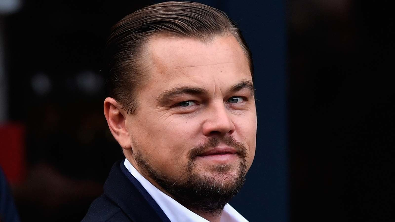 In Malaysia fund scandal, DiCaprio returns Oscar won by Brando