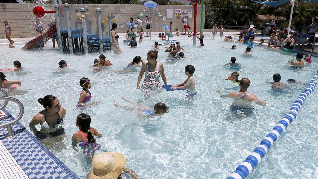 Hot Weather Drives Burbank Residents To Its Local Pools Burbank Leader