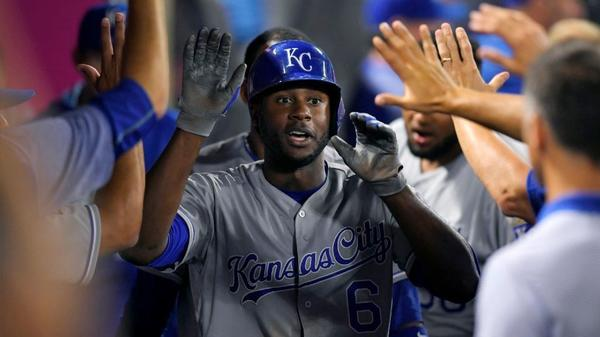 Angels can't stop Royals from rolling to their sixth straight victory
