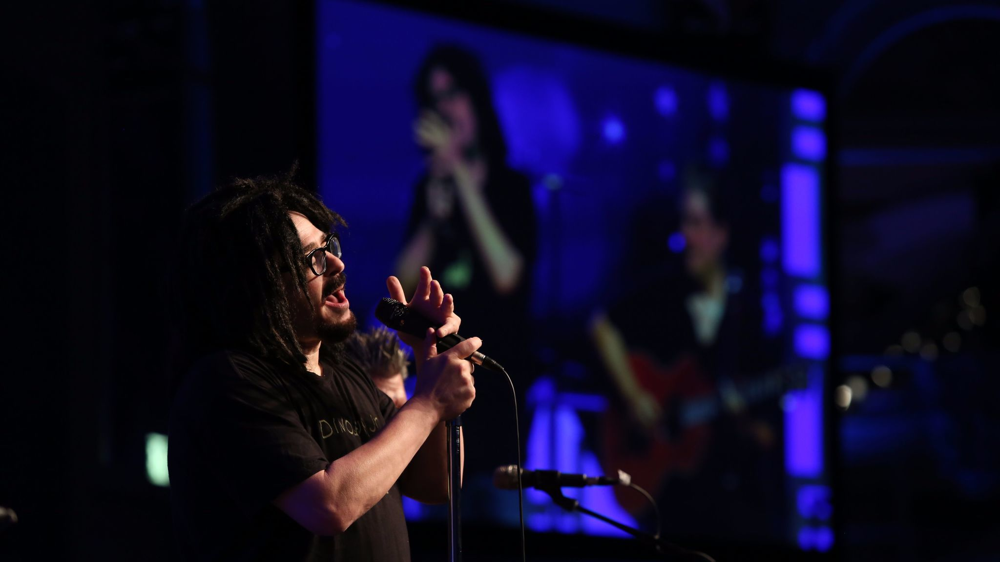Adam Duritz of Counting Crows performs at the Cool Comedy Hot Cuisine event.