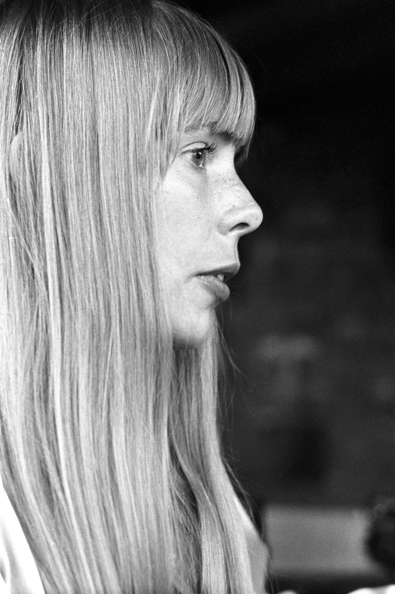 Joni Mitchell, 1968