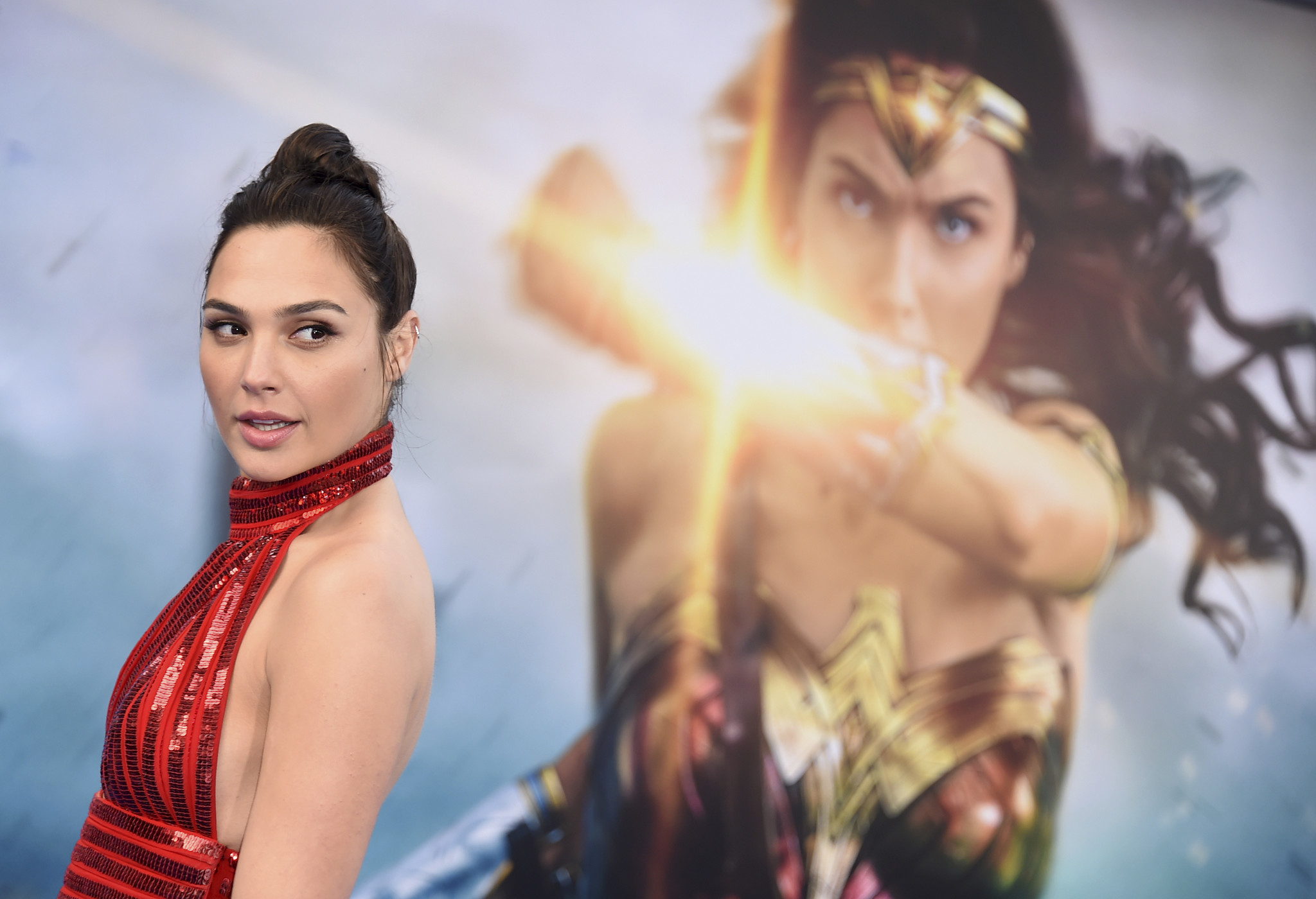 Gal Gadot paid the same as Henry Cavill for superhero films