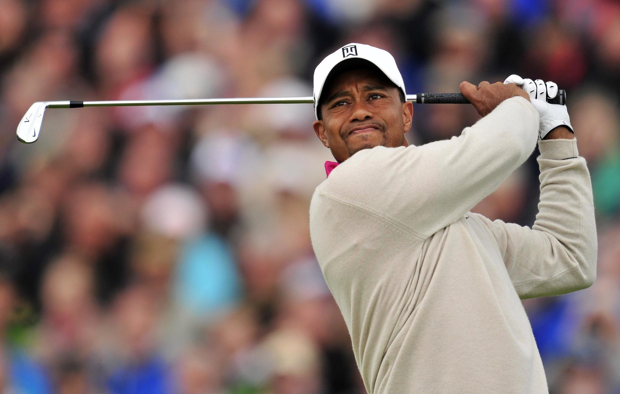 agent  tiger woods in clinic to get help for pain meds