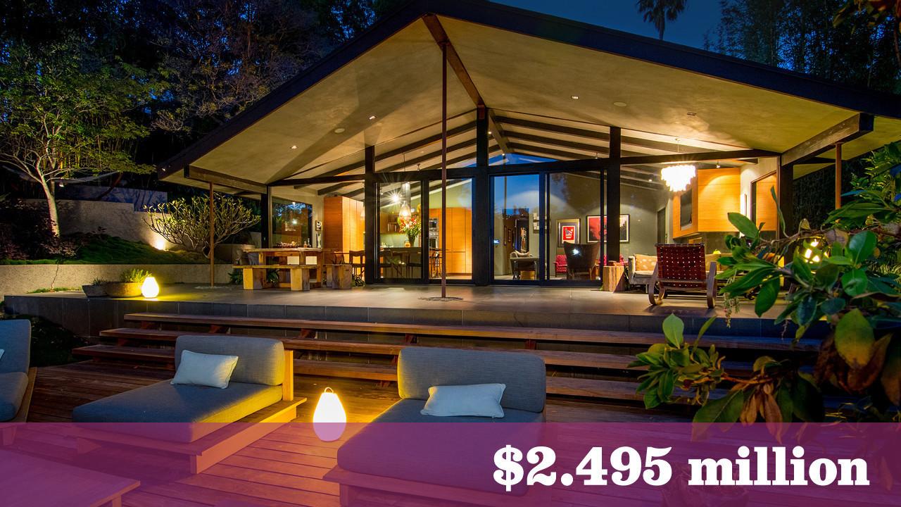 John Legend And Chrissy Teigen S Former Hollywood Hills Home Lists For 2 5 Million La Times