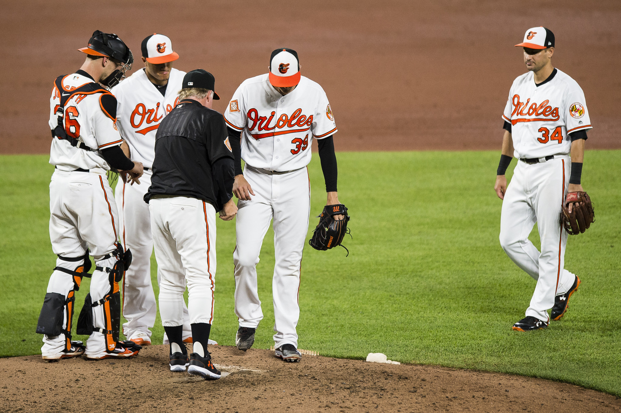 Bal-orioles-kevin-gausman-makes-strides-in-loss-to-indians-but-wishes-he-had-three-pitches-back-20170621