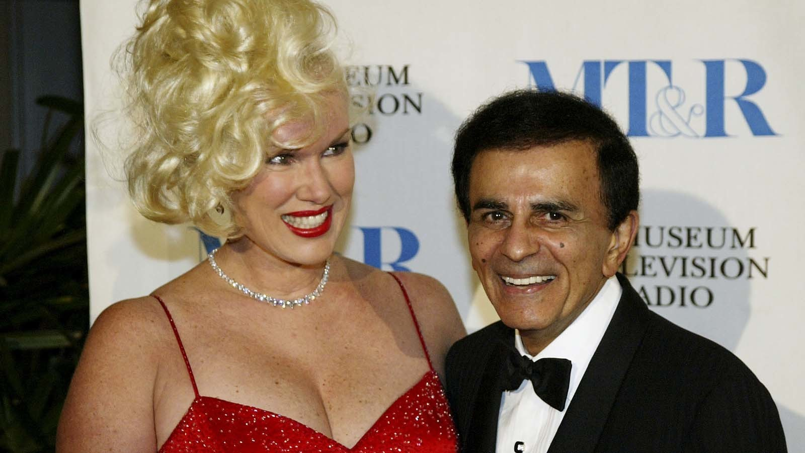 Jean and Casey Kasem in 2003. (Doug Benc / Getty Images)