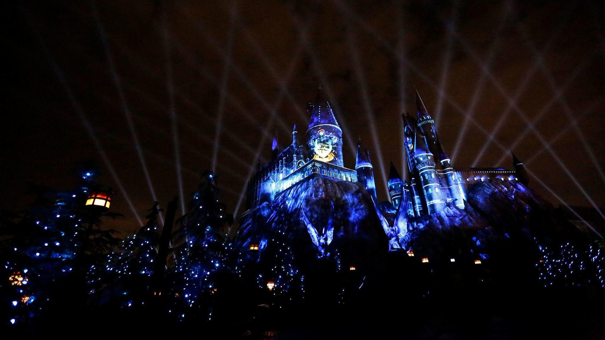 The Nighttime Lights spectacle at Hogwarts Castle officially debuts Friday night at Universal Studios. (Genaro Molina / Los Angeles Times)