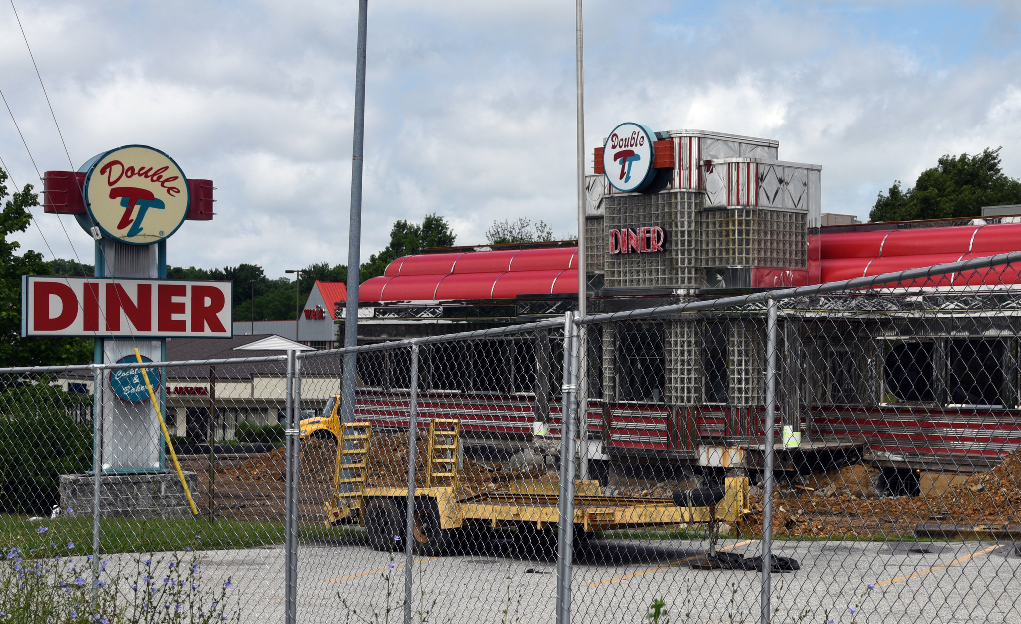 perry hall s double t diner prepares to roll to new location