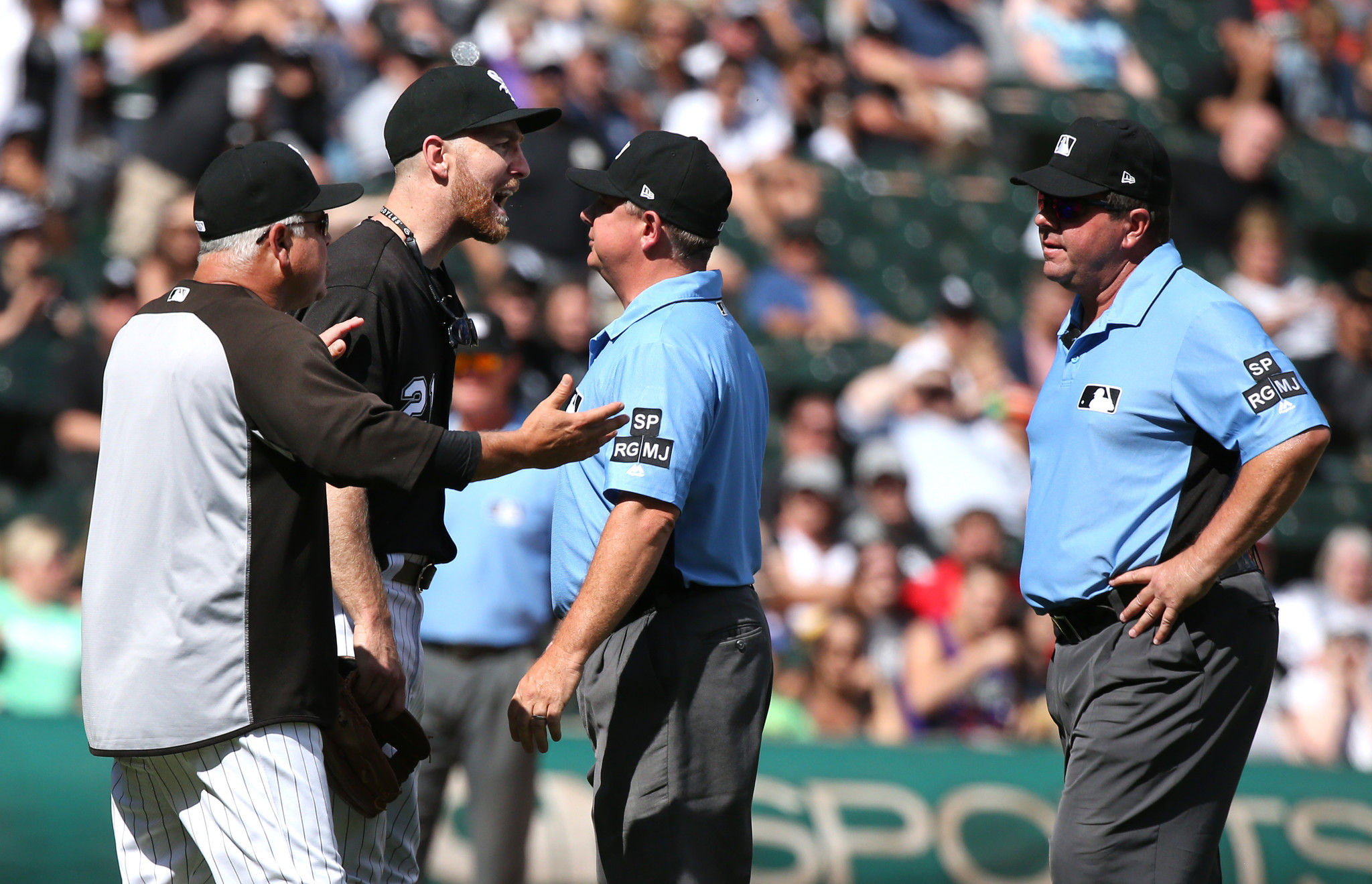 James Shields' start lasts 3 innings as White Sox lose 10-2 to Athletics