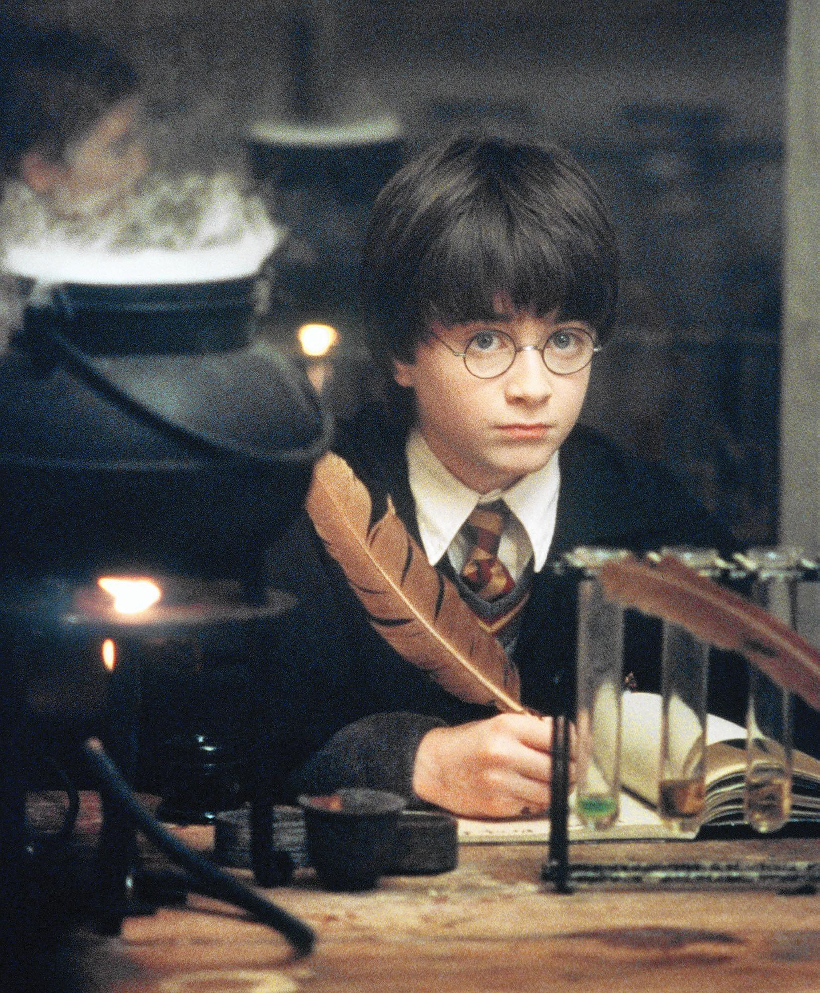 Harry Potter turns 20. Here's how J.K. Rowling and Twitter are celebrating