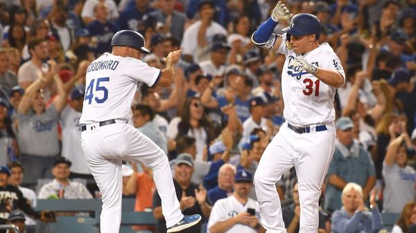 Dodgers even Freeway Series with 4-0 win over Angels