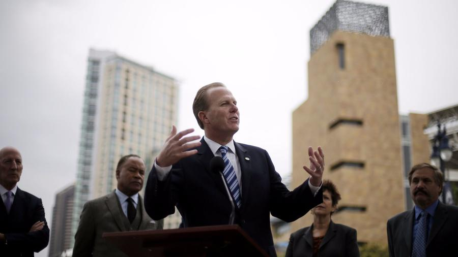 San Diego Mayor Kevin Faulconer speaks during a news conference about the San Diego Chargers in 2015. (Gregory Bull / AP)